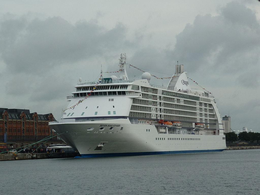 1024px-Seven_Seas_Voyager-Copenhagen